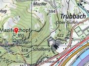 Unterhalb des Maziferchopfs bei Trübbach sind zwei Wanderer im steilen Gelände abgestürzt und schwer verletzt worden. (Bild: Swisstopo)