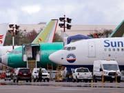 Boeing-Flugzeuge des Typs 737 Max bleiben vorerst am Boden. (Bild: KEYSTONE/AP/ELAINE THOMPSON)