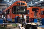 Im Stadler-Werk in Bussnang werden bald auch Züge für Kanada produziert. (Bild: Keystone/Gian Ehrenzeller)