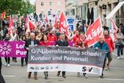 Am 1. Mai geht traditionellerweise die Arbeiterschaft mit ihren Forderungen auf die Strasse - auch in St.Gallen. (Bild: Ralph Ribi - 1. Mai 2018)