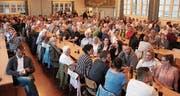 So voll war der «Hecht»-Saal bei einer Politveranstaltung schon lange nicht mehr. (Bild: Gert Bruderer)