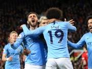 Jubel über einen weiteren Schritt Richtung Meistertitel: Leroy Sané (Nummer 19) entschied das Derby für Manchester City mit dem 2:0 (Bild: KEYSTONE/AP/JON SUPER)