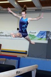 Die 16-jährige Sira Keller turnt seit dem fünften Lebensjahr im TZ Fürstenland Frauen.
