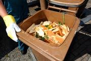 Küchenabfälle können für die Herstellung von Biogas genutzt werden. (Bild: Ralph Ribi)