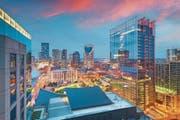 Blick auf Downtown Nashville in der Abenddämmerung. (Bild: Sean Pavone/Getty)