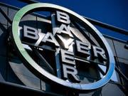 Monsanto-Kauf bläht Bayer-Ergebnisse auf - Weitere Glyphosat-Klagen. (Bild: KEYSTONE/EPA/SASCHA STEINBACH)