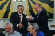 Vizepräsident Peter Ziegler (rechts) wurde von Präsident Rolf Infanger verabschiedet. (Bild: Urs Hanhart, Altdorf, 26. April 2019)