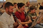 Das Blasorchesters probt für das Projekt «Zeitsprung». (Bild: PD)