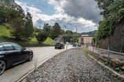 Mehr Platz auf der Teufener Strasse: Das Trassee der Appenzeller Bahnen im Riethüsli ist frei geworden. (Bild: Michel Canonica (26. August 2018))