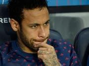 Hatte seine Nerven nach dem Out in der Champions League nicht mehr im Griff: PSG-Star Neymar (Bild: KEYSTONE/EPA/JULIEN DE ROSA)