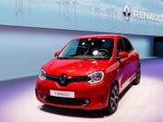 Der von einer Führungskrise durchgeschüttelte Autobauer Renault hat im ersten Quartal knapp 5 Prozent weniger Umsatz erzielt. (Bild: KEYSTONE/CYRIL ZINGARO)