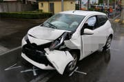 Das stark beschädigte Auto des Unfallverursachers.