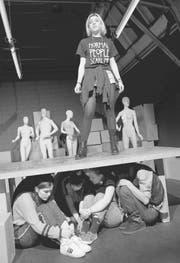Sich mit sich selber auseinandersetzen müssen: Junges Theater Thurgau spielt «Nüt». (Bild: Lukas Fleischer)