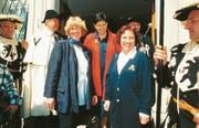 Die Landsgemeinde wählte 1994 Marianne Kleiner (links) und Alice Scherrer in die Regierung, auch zur Freude der damaligen Bundesrätin Ruth Dreifuss (hinten). (Bild: H9)
