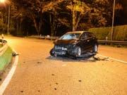 Selbstunfall mit Totalschaden in Waldenburg BL (Bild: Polizei BaselLandschaft)