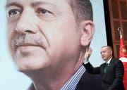 Die Wirtschaftspolitik von Präsident Erdogan steht in der Kritik. (Bild: AP, 27. April 2019)