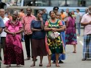 Ausnahmezustand nach Anschlägen: In Sri Lanka hat die Regierung ein Verbot der Gesichtsverhüllung erlassen. (Bild: KEYSTONE/AP/ERANGA JAYAWARDENA)