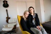 Greta Thunberg und ihre Mutter, die Opernsängerin Malena Ernman. (Bild: KEYSTONE/TT News Agency/Malin Hoelstad/SvD/TT)