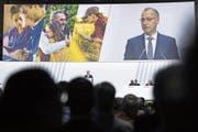 Bayer-CEO Werner Baumann an der letzten Generalversammlung. (Bild: Maja Hitij/Getty, Bonn, 26. April 2019)