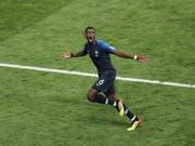 Torjubel im WM-Final: Die Schuhe, mit denen Paul Pogba das 3:1 gegen Kroatien erzielte, wurden in Paris für 30'000 Euro versteigert (Bild: KEYSTONE/EPA/ABEDIN TAHERKENAREH)