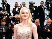 Die US-Schauspielerin Elle Fanning sitzt dieses Jahr beim Filmfestival von Cannes in der Jury. (Bild: KEYSTONE/EPA/SEBASTIEN NOGIER)