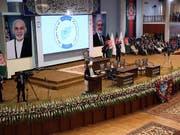 Der afghanische Präsident Aschraf Ghani eröffnete am Montag in Kabul die Loja Dschirga, übersetzt «grosse Versammlung». Diskutiert werden soll etwa über den Frieden in der Region. (Bild: KEYSTONE/AP/RAHMAT GUL)