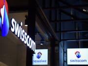Swisscom wehrt sich gegen Preissenkungen. (Bild: KEYSTONE/MELANIE DUCHENE)