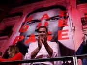 Die sozialdemokratische Partei von Ministerpräsident Pedro Sánchez hat am Montag angekündigt, erst nach den Europa- und Kommunalwahlen Ende Mai zu entscheiden, mit wem sie eine Regierungskoalition bilden will. (Bild: KEYSTONE/EPA EFE/JUANJO MARTIN)