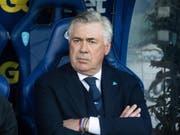 Napoli-Coach Carlo Ancelotti sieht gegen Empoli nicht viel Erfreuliches (Bild: KEYSTONE/EPA ANSA/GIANNI NUCCI)