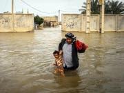 Hochwasser haben im Iran in den letzten Wochen Dutzende von Toten gefordert. (Bild: KEYSTONE/EPA TASNIM NEWS AGENCY/SAEED SOROUSH)