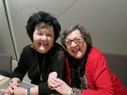 Heidi Oberholzer (links) und Margrit Schatzmann sind nach vielen Jahren im Samariterverein als Aktive ausgetreten.