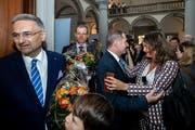 Die gewählten Regierungsräte Guido Graf (CVP, links) und Reto Wyss (CVP, Mitte) sowie der nicht gewählte Marcel Schwerzmann (parteilos, Mitte rechts) am Sonntag, 31. März 2019 im Regierungsgebäude Luzern. (Bild: Philipp Schmidli)