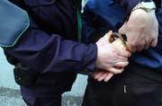 Die Kantonspolizei St.Gallen half mit, einen Sexualstraftäter zu überführen. (Symbolbild: Susann Basler)