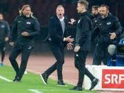 Der FC Zürich verzichtet auf einen Rekurs gegen die Sperre von Ludovic Magnin (mitte) (Bild: KEYSTONE/MELANIE DUCHENE)