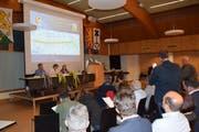 Der Gemeinderat musste sich einiges an Kritik von den Bürgerinnen und Bürgern anhören. (Bild: Gianni Amstutz)