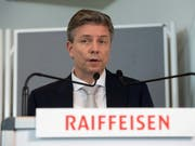Raiffeisen hat seinem Vizepräsidenten Pascal Gantenbein im letzten Jahr eine Vergütung von 480'108 Franken bezahlt - er war damit der höchstbezahlte Verwaltungsrat der Bank. Gantenbein hatte den Verwaltungsrat zeitweise ad interim präsidiert. (Bild: KEYSTONE/TI-PRESS/DAVIDE AGOSTA)