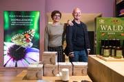 Markus und Silvia Wildisen in ihrer neuen Würzenbach-Drogerie an der Hirschmattstrasse 4. (Bilder: Dominik Wunderli, Luzern, 4. April 2019)