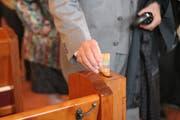 Dank der verstärkten Bauweise der Opferstockkassen in der Kirche Schaan konnten die Täter nicht zum Inhalt vordringen, anders als es bei diesem Modell möglich gewesen wäre. (Symbolbild: Susann Basler)