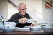 Als Lehrer schrieb Willi Tobler «Wegwerfgeschichten», viele kamen in Lesebücher. Sein «Karak» ist nun neu aufgelegt zurück. (Bild: Reto Martin)