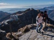 Aussicht vom Gipfel auf dem Tessiner Ausflugsberg Monte Generoso. (Bild: KEYSTONE/TI-PRESS/DAVIDE AGOSTA)