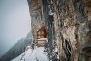 Blick auf das weltberühmte Berggasthaus Aescher bei wenig Schnee, aufgenommen am Montag, 10. Dezember 2018. (Foto: Keystone/Gian Ehrenzeller)