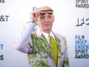 Wird am Filmfestival von Locarno für sein Lebenswerk geehrter: der US-Filmemacher und notorische Tabubrecher John Waters. (Bild: KEYSTONE/AP Invision/RICHARD SHOTWELL)