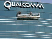 Der US-Chipkonzern Qualcomm legte vor zwei Wochen einen jahrelangen Patentstreit mit dem Technologiekonzern Apple bei. (Bild: KEYSTONE/AP/JACK SMITH)