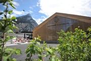 Der Neubau der Gotthard-Raststätte Fahrtrichtung Süd hat zu einem tieferen Gewinn geführt. (Bild: Urs Hanhart, 11. Mai 2018)