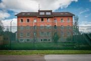 Die Sanierung der Strafanstalt Gmünden mit dem Neubau soll 22 Millionen Franken kosten. (Bild: Benjamin Manser (15. Juni 2016))