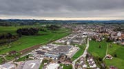 Bei der Industrie in Gossau Ost könnte früher oder später ein neuer Autobahnanschluss in Richtung Appenzellerland entstehen. Bild: Michel Canonica