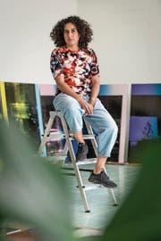 Shirana Shahbazi in ihrem Atelier in Schlieren. (Bilder: Hanspeter Schiess)