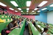 Der Nationalrat will wissen, wer an der Universität erfolgreich ist. (Bild: Gaëtan Bally/KEY (Zürich, 13. April 2015))