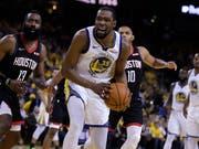 Kevin Durant (im Vordergrund) steht Golden State gegen Houston nicht mehr zur Verfügung (Bild: KEYSTONE/AP/BEN MARGOT)
