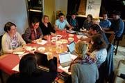 Sitzung der Jugendkommission im Jugendhaus Muri 13: Hier werden Projekte organisiert und koordiniert. (Bild: Eddy Schambron)